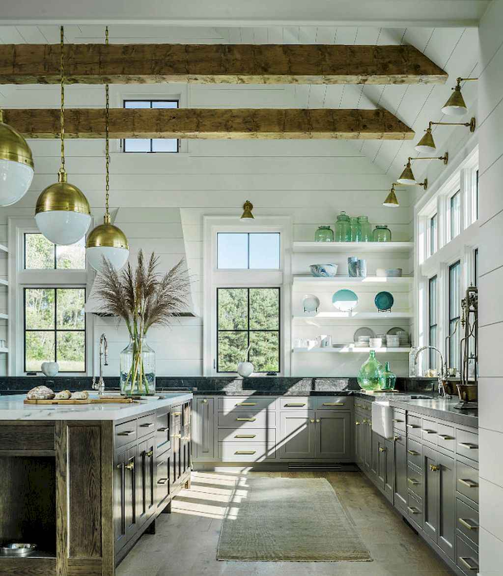 Stunning farmhouse kitchen design and decor ideas (23)
