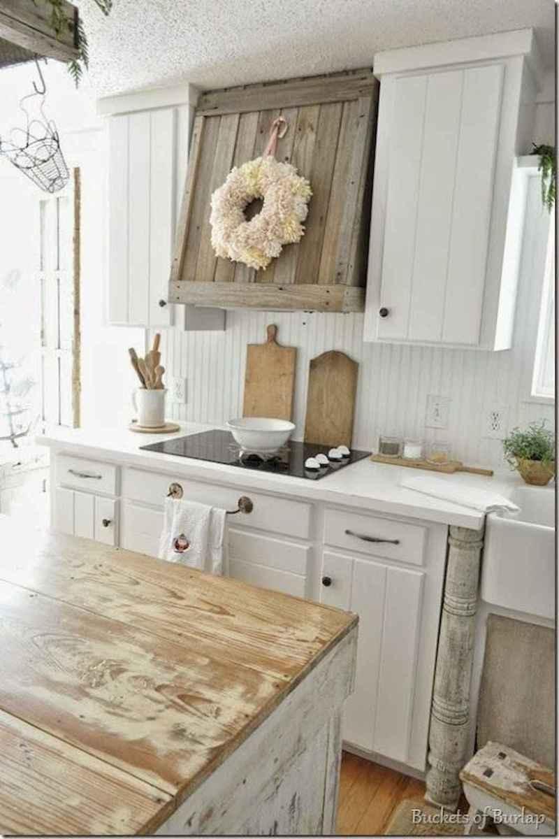 Stunning farmhouse kitchen design and decor ideas (31)
