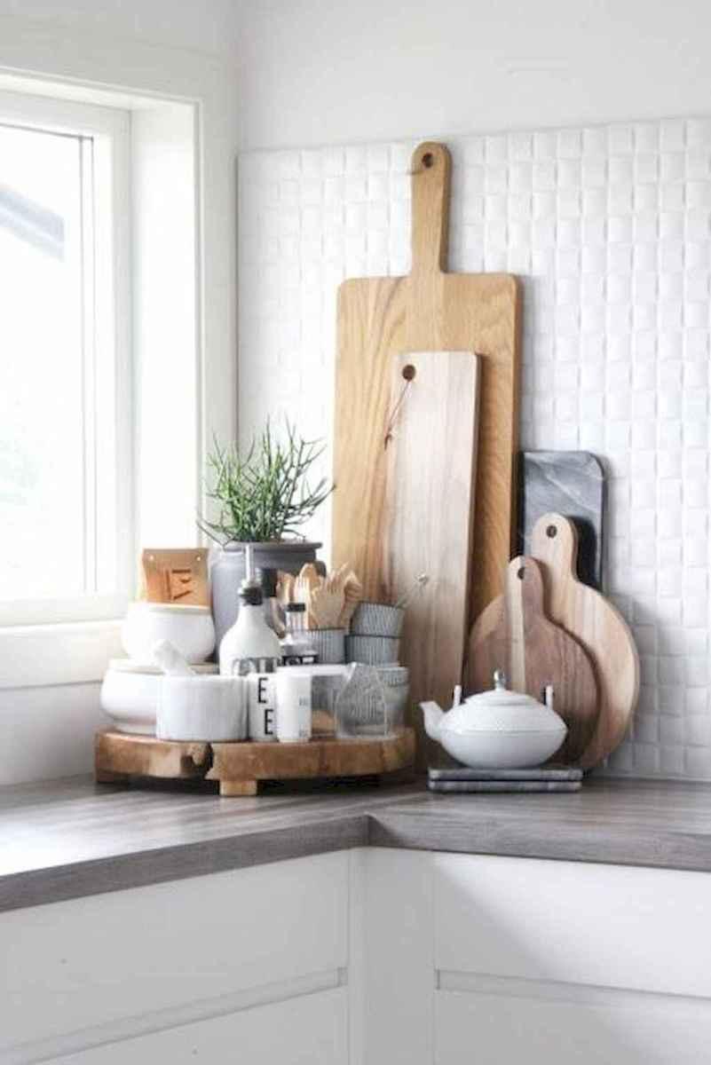 Stunning farmhouse kitchen design and decor ideas (54)