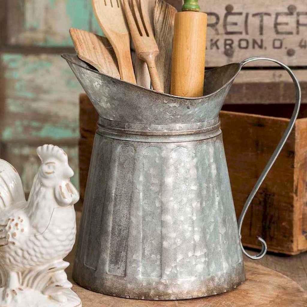 Stunning farmhouse kitchen design and decor ideas (68)