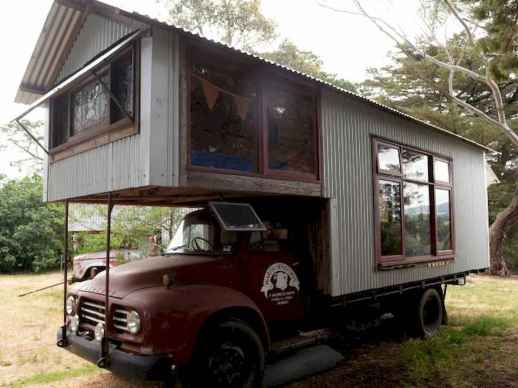 Tiny house bus designs and decorating ideas (46)