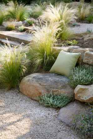 Beautiful front yard rock garden landscaping ideas (17)