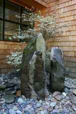 Beautiful front yard rock garden landscaping ideas (89)