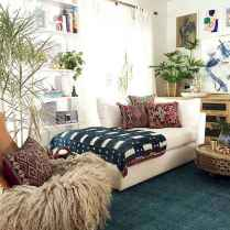 Beautiful and elegance chic bohemian bedroom decor ideas (14)