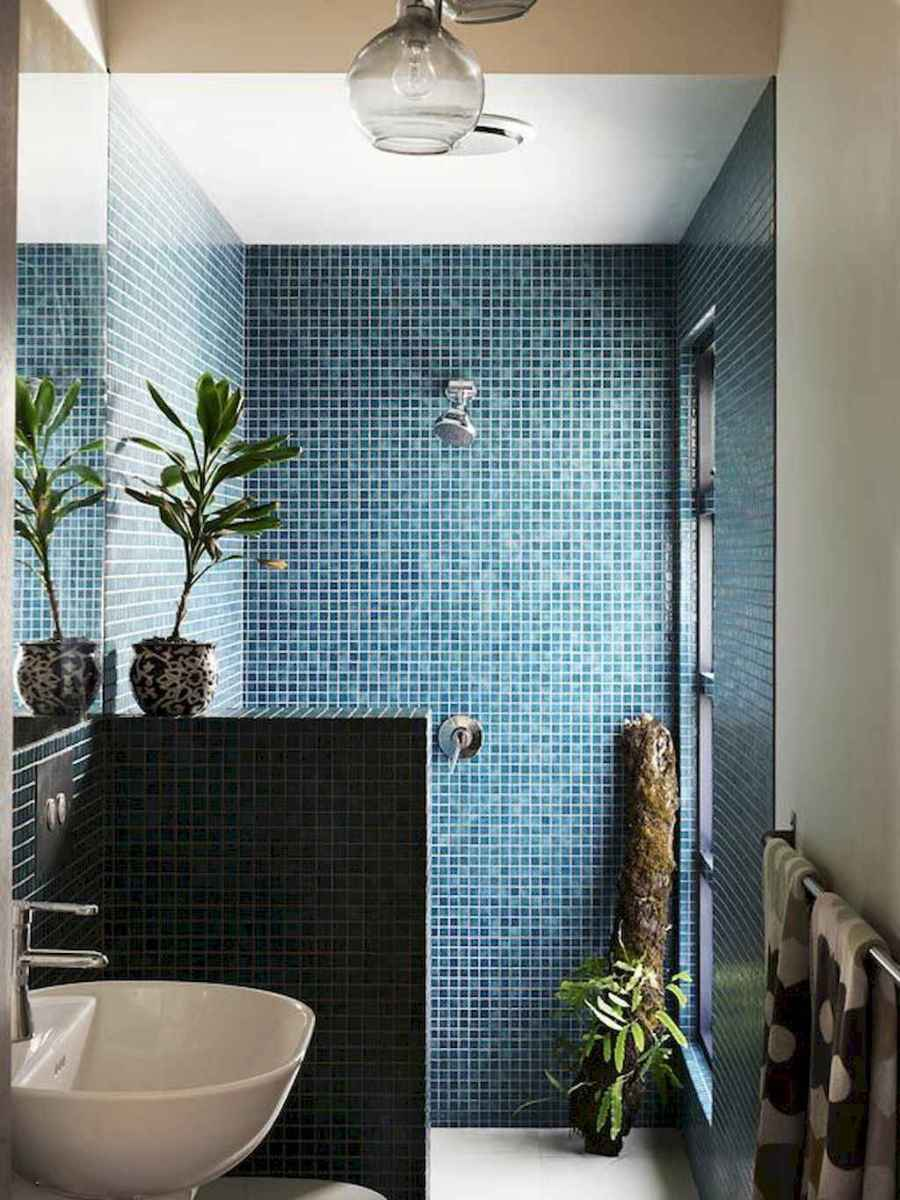 Cool small bathroom shower remodel ideas (1)