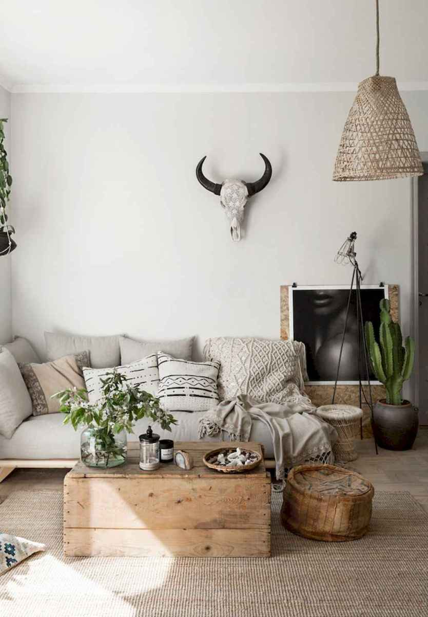 Cozy bohemian style living room decorating ideas (39)