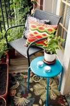 Cozy small apartment balcony decorating ideas (12)
