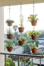 Cozy small apartment balcony decorating ideas (4)