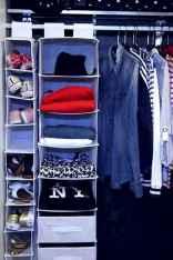 Creative dorm room storage organization ideas on a budget (57)
