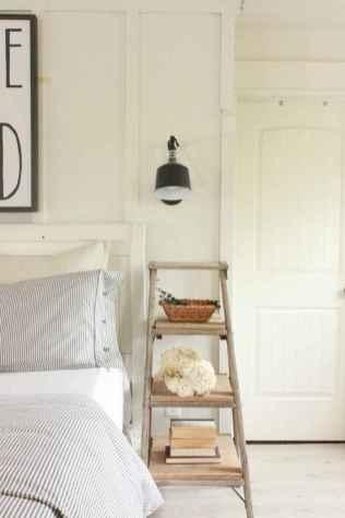 Farmhouse style master bedroom decoration ideas (58)