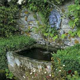 Fresh water feature for front yard and backyard landscaping (5)
