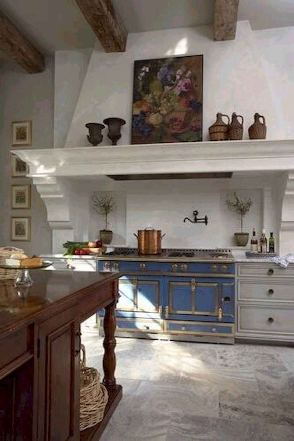 Incredible french country kitchen design ideas (10)