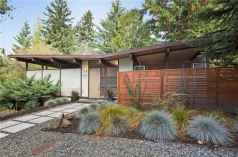 Simple clean modern front yard landscaping ideas (11)