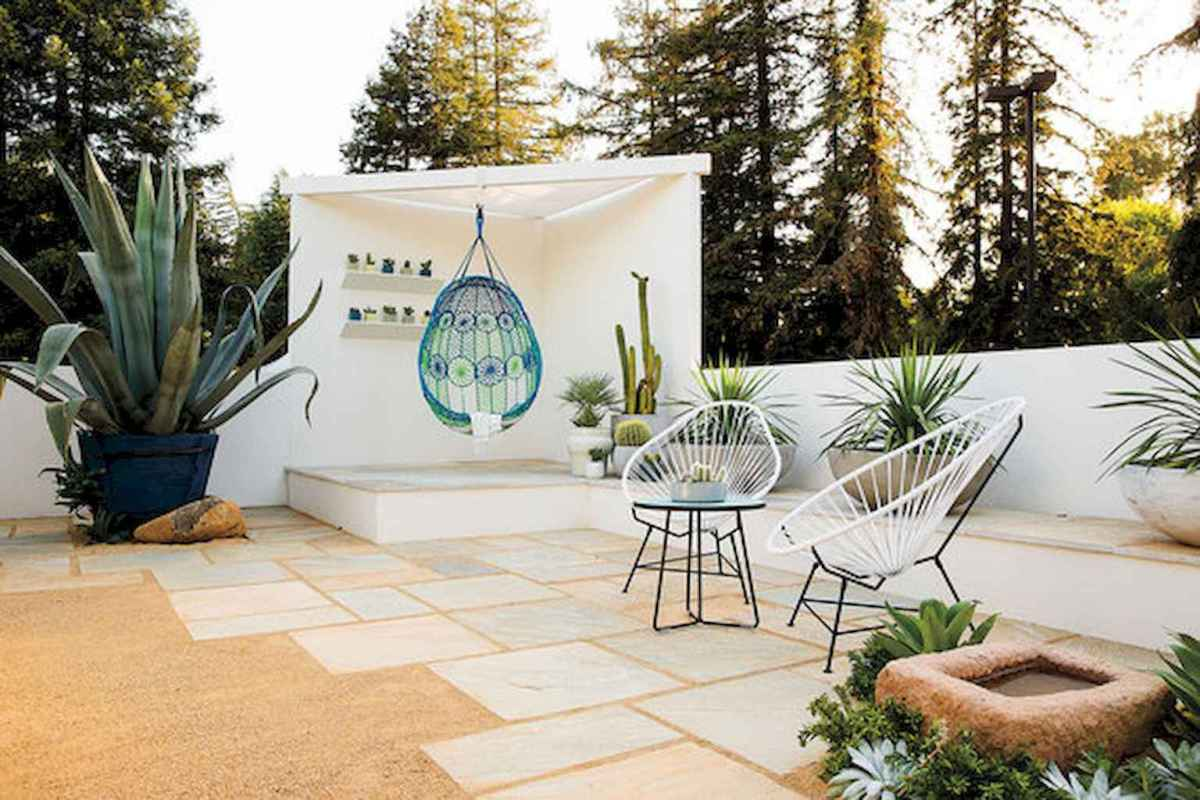 Simple clean modern front yard landscaping ideas (16)