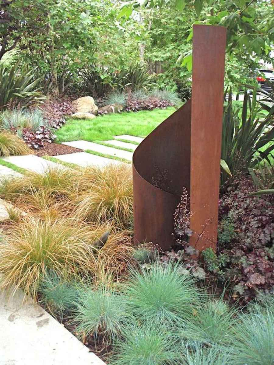 Simple clean modern front yard landscaping ideas (28)