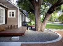 Simple clean modern front yard landscaping ideas (43)