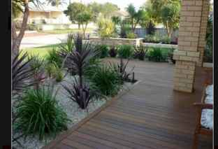 Simple clean modern front yard landscaping ideas (65)