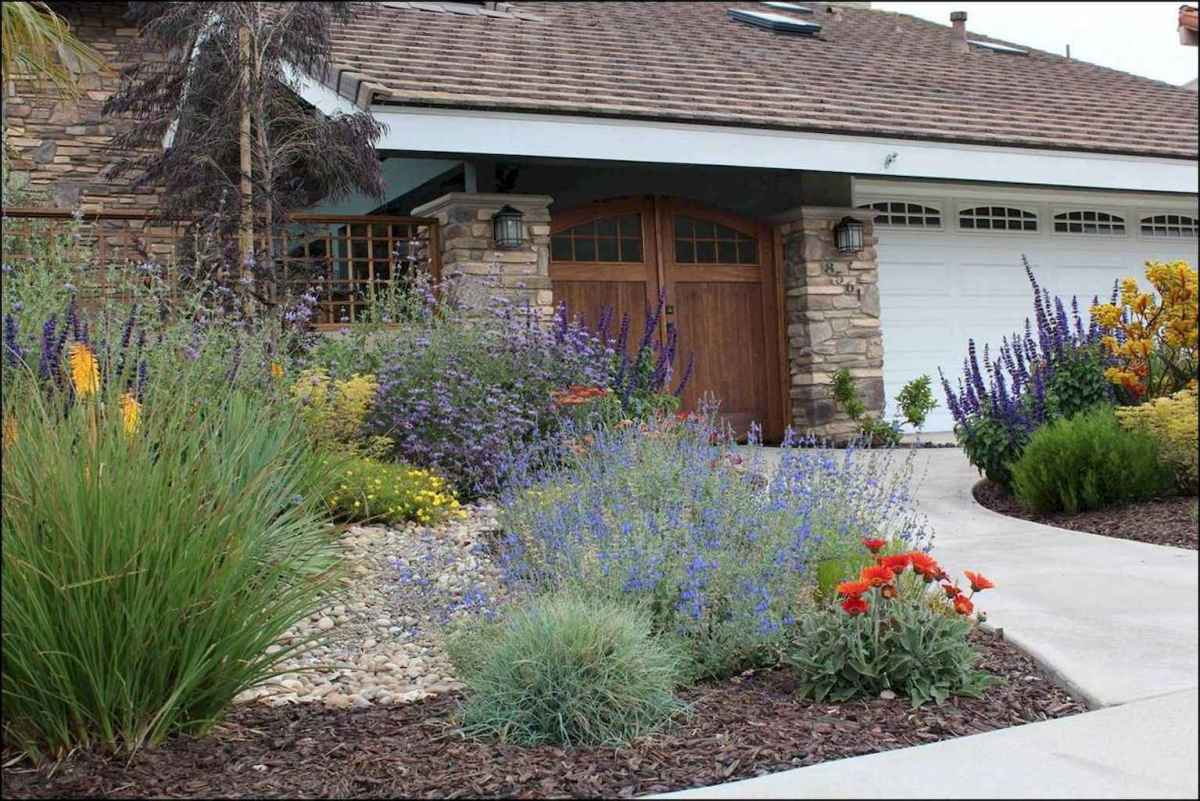 Simple and beautiful front yard landscaping ideas (2)