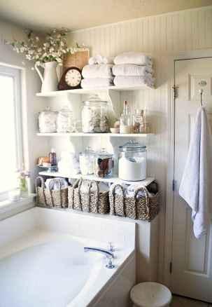 Vintage farmhouse bathroom remodel ideas on a budget (52)