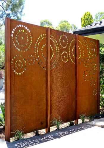 Wooden privacy fence patio & garden ideas (41)