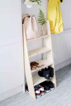 Affordable diy small space apartment storage ideas (40)