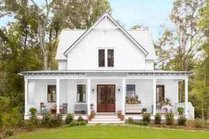 Beautiful farmhouse exterior design ideas (38)