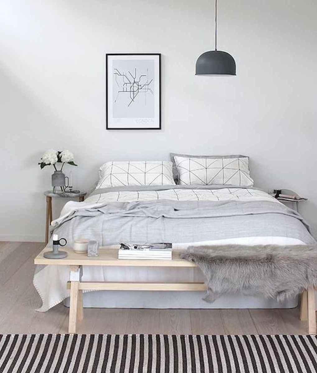 Beautiful minimalist master bedroom decor ideas (68)