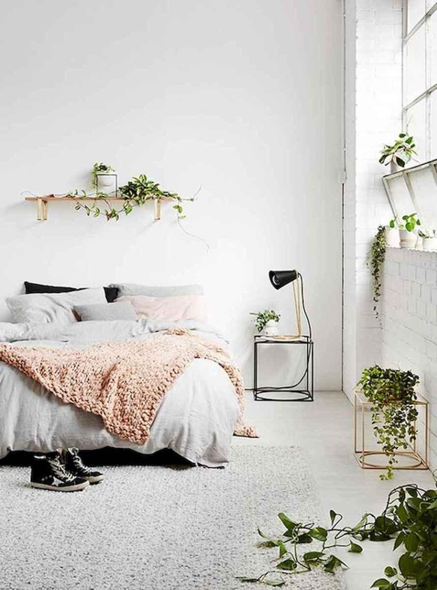 Beautiful minimalist master bedroom decor ideas (70)