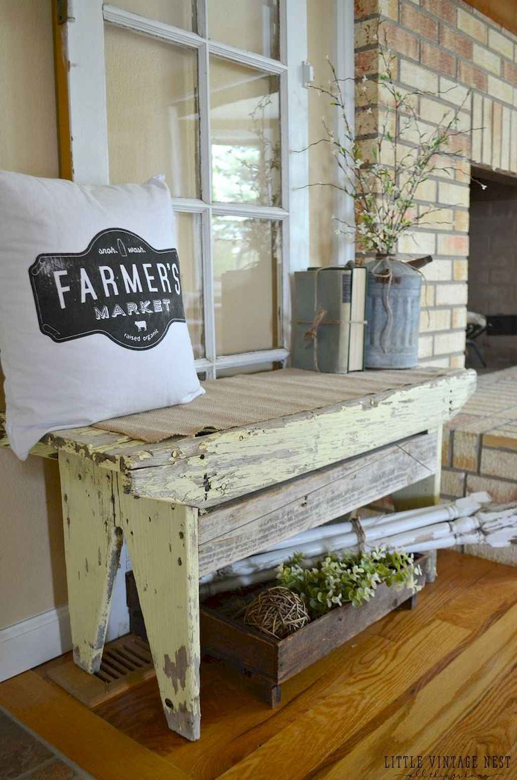Catchy farmhouse rustic entryway decor ideas (26)