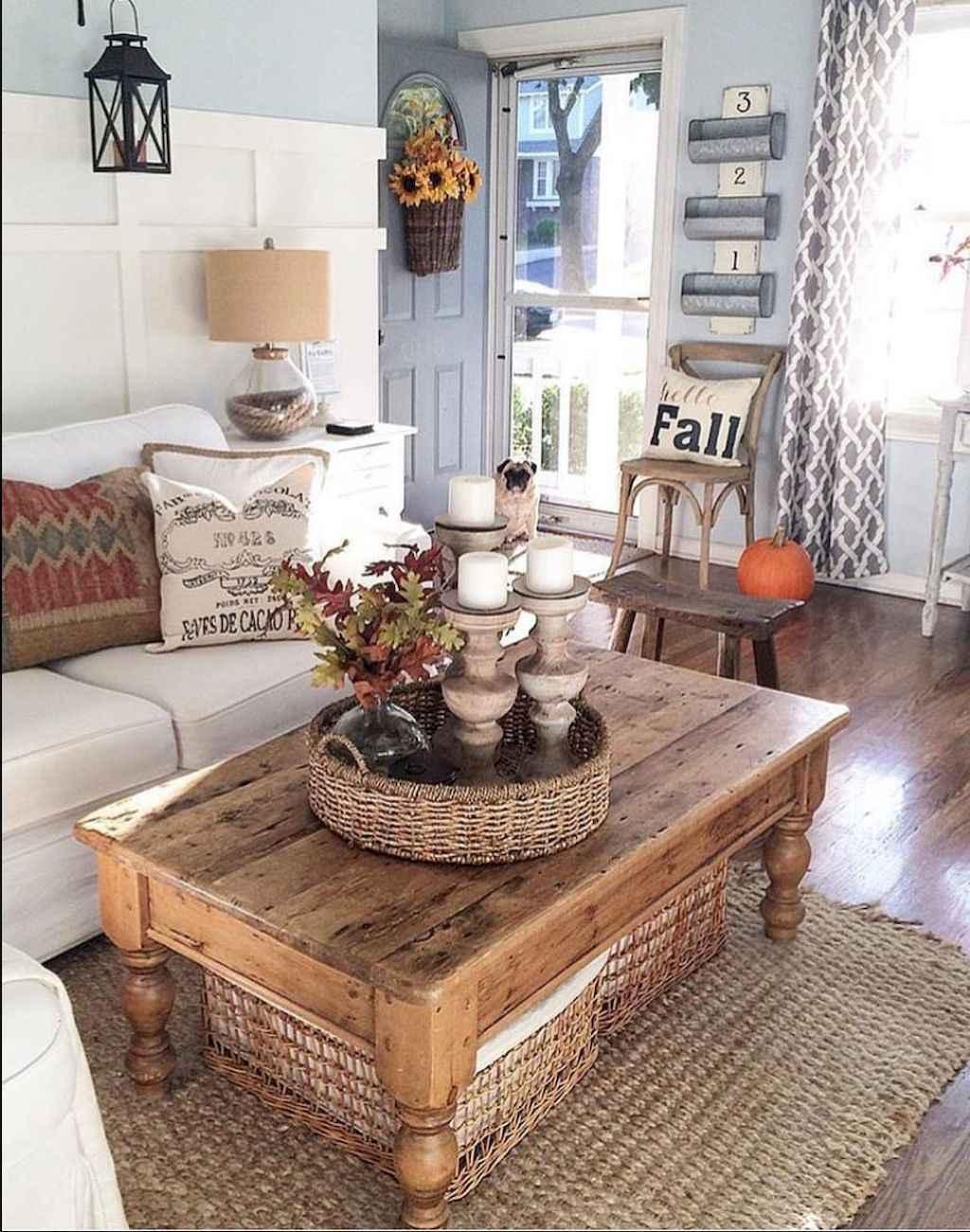 Catchy farmhouse rustic entryway decor ideas (52)