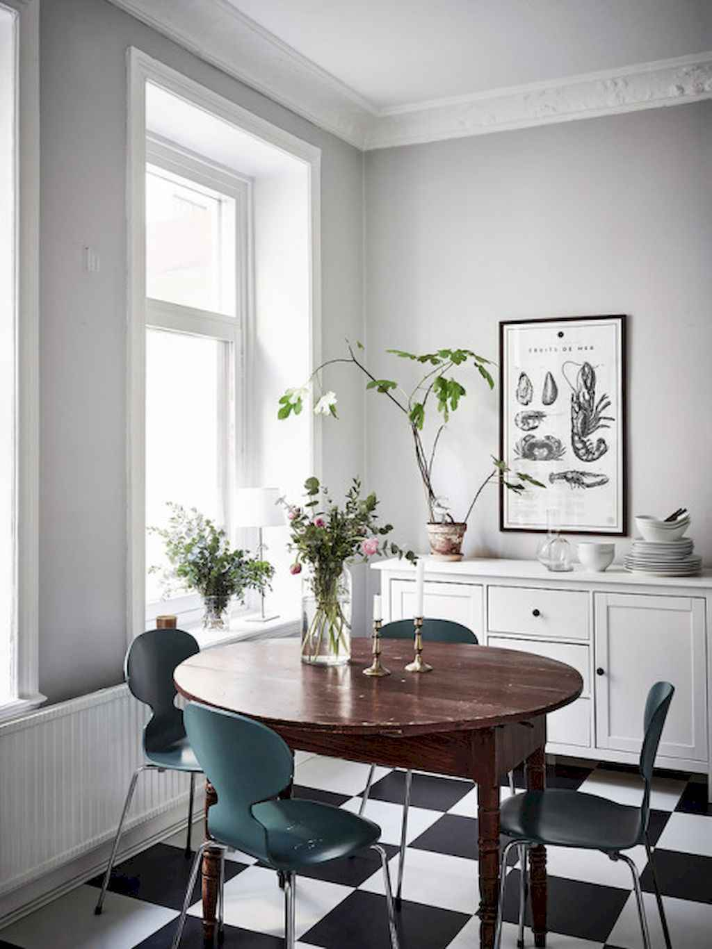 Clever small dining room ideas (59)