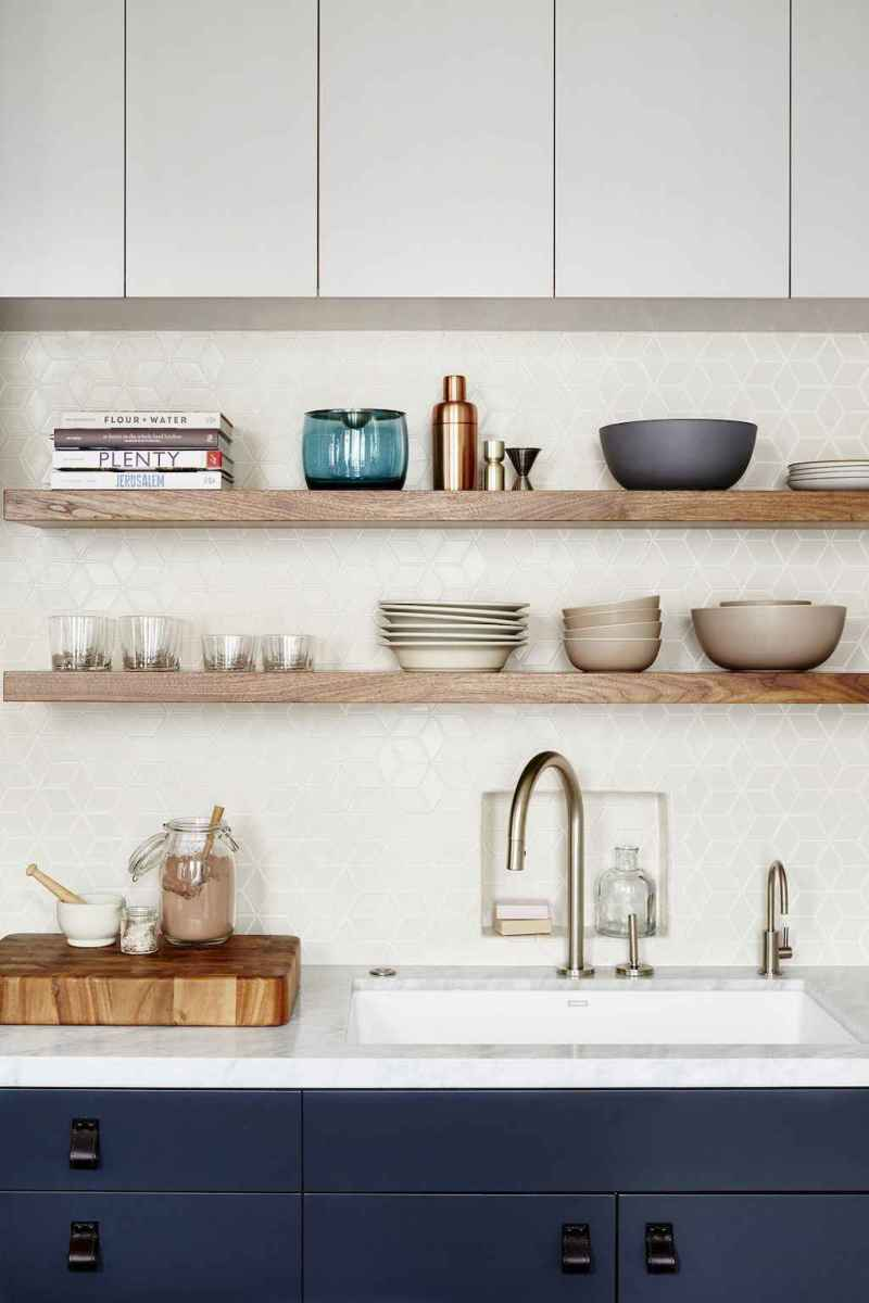 Clever small kitchen remodel and open shelves ideas (60)