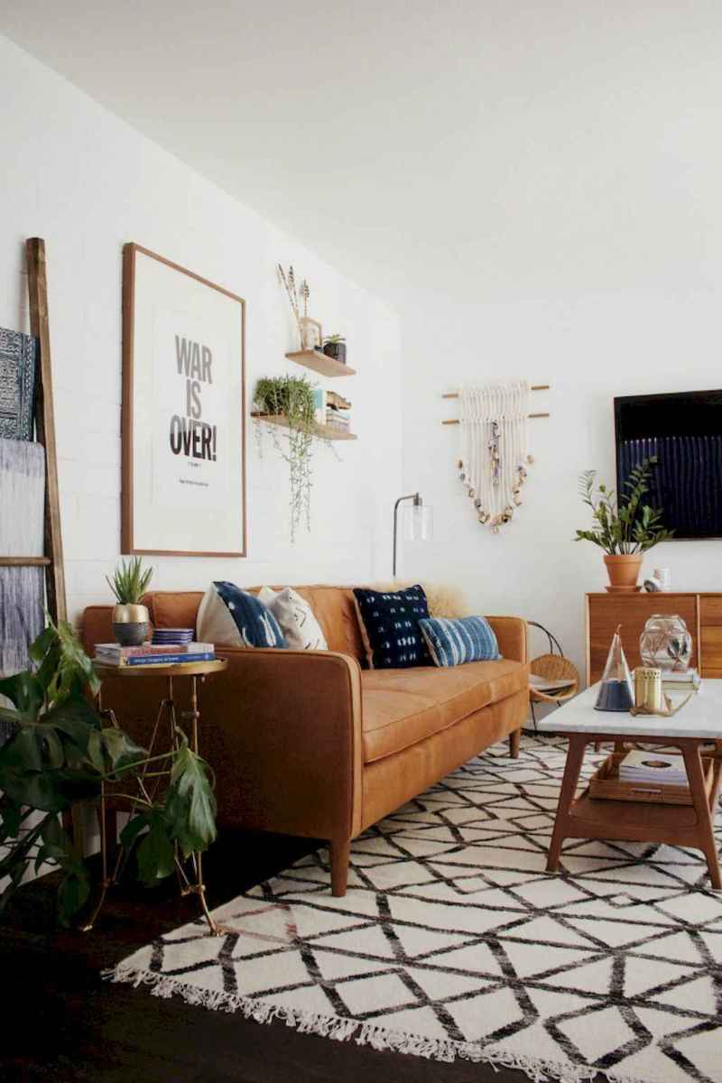 Cool mid century living room decor ideas (26)