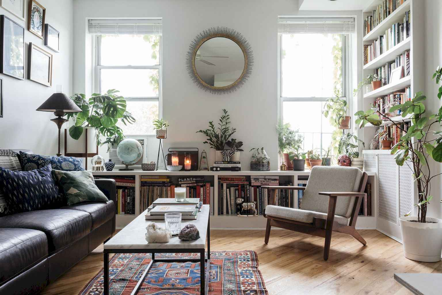 Couples first apartment decorating ideas (39)