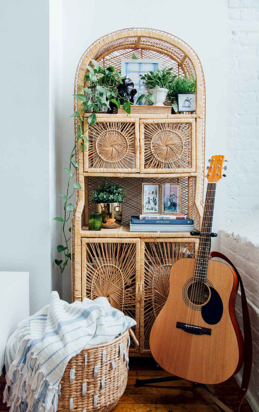 Couples first apartment decorating ideas (67)