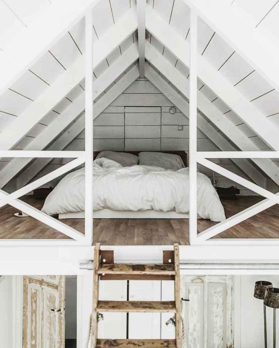 Cozy attic loft bedroom design & decor ideas (10)