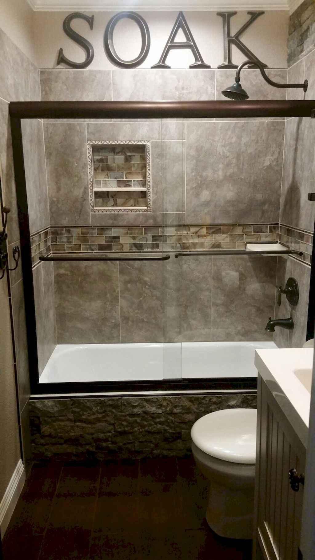 Inspiring apartment bathroom remodel ideas on a budget (16)