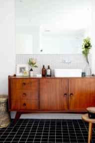 Mid century bathroom decoration ideas (8)