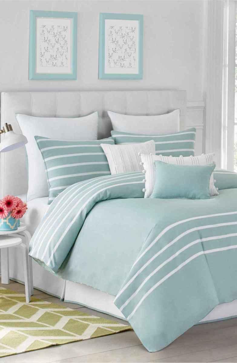 Perfect coastal beach bedroom decoration ideas (20)