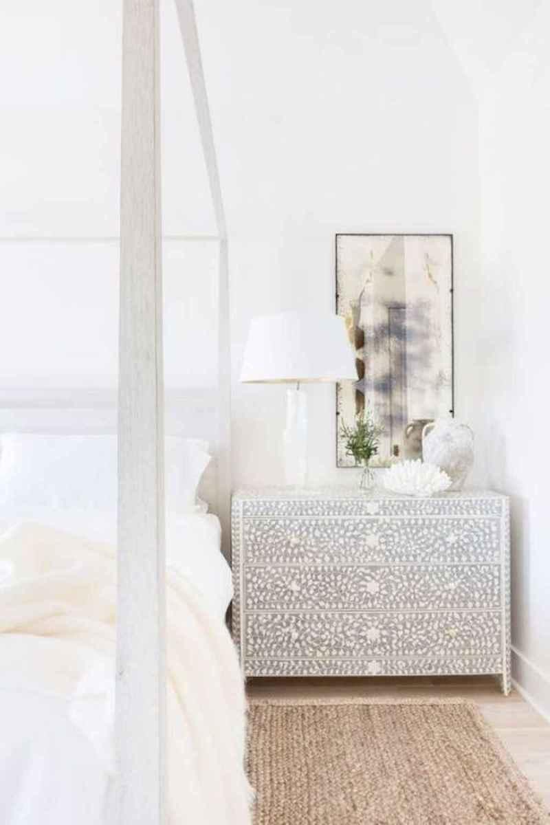 Perfect coastal beach bedroom decoration ideas (28)