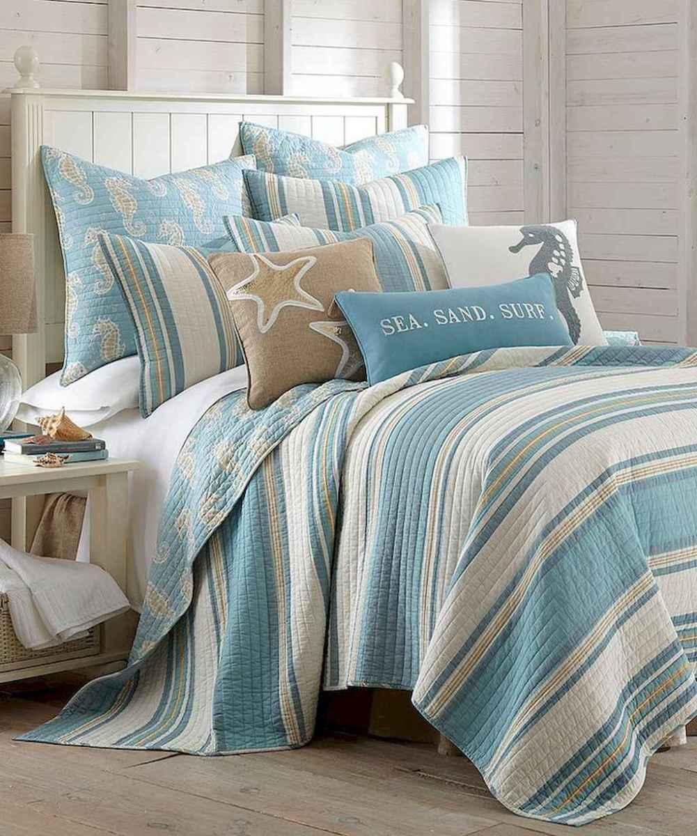 Perfect coastal beach bedroom decoration ideas (37)