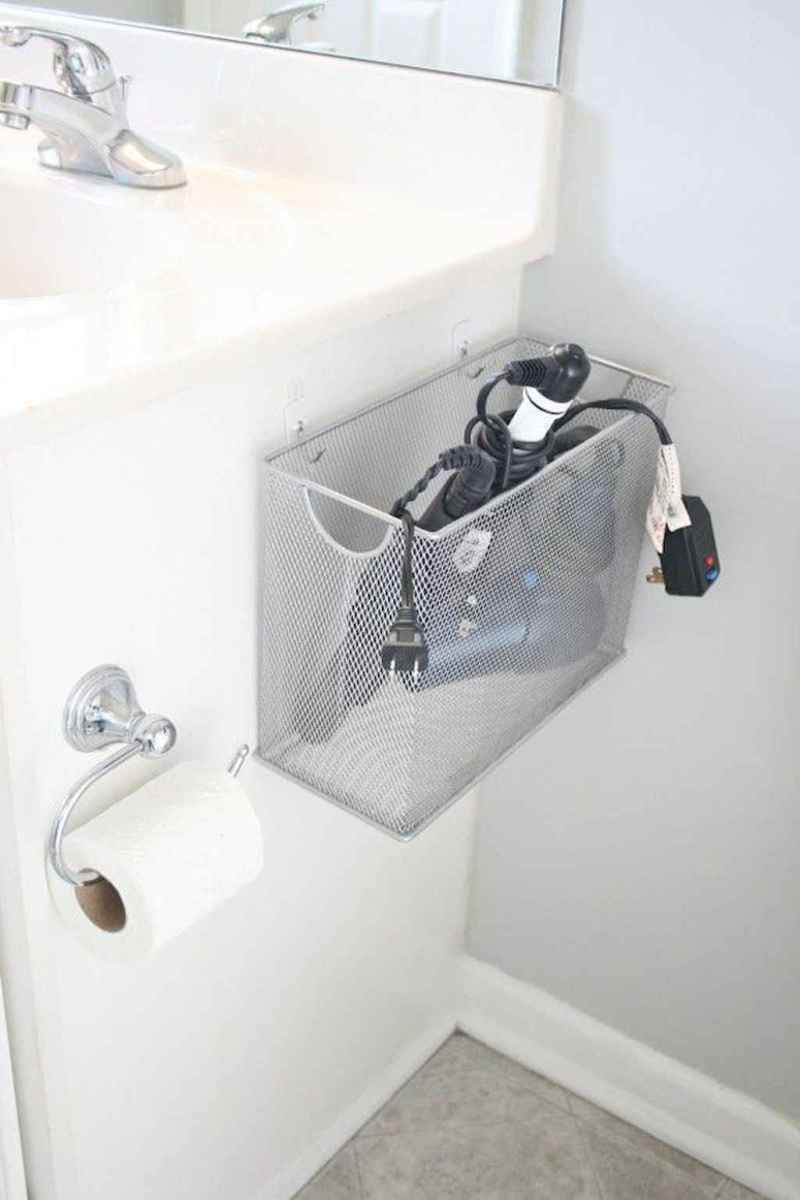 Quick and easy bathroom organization storage ideas (10)