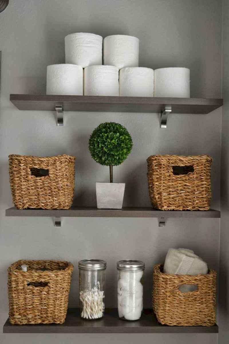 Quick and easy bathroom organization storage ideas (41)
