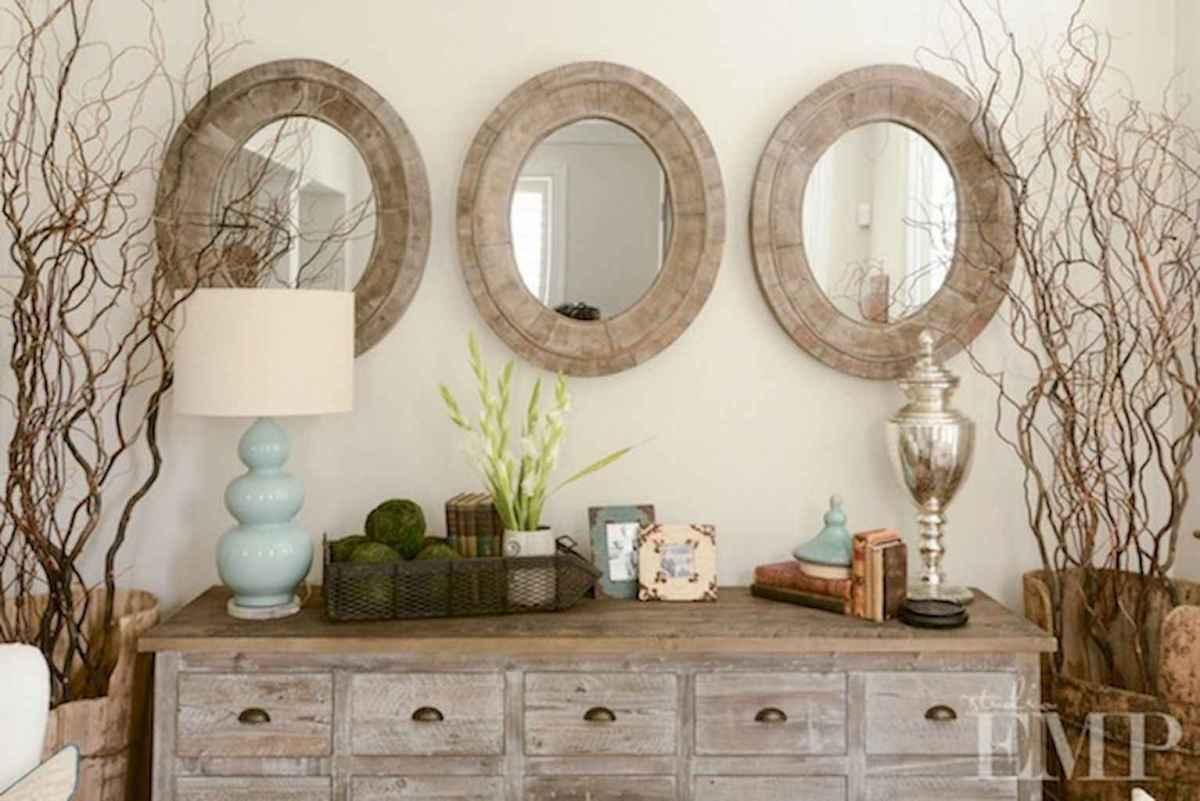 Romantic shabby chic living room decoration ideas (13)
