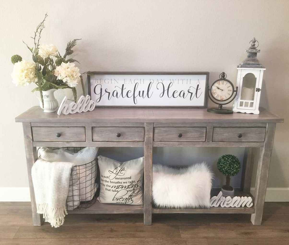 Romantic shabby chic living room decoration ideas (27)
