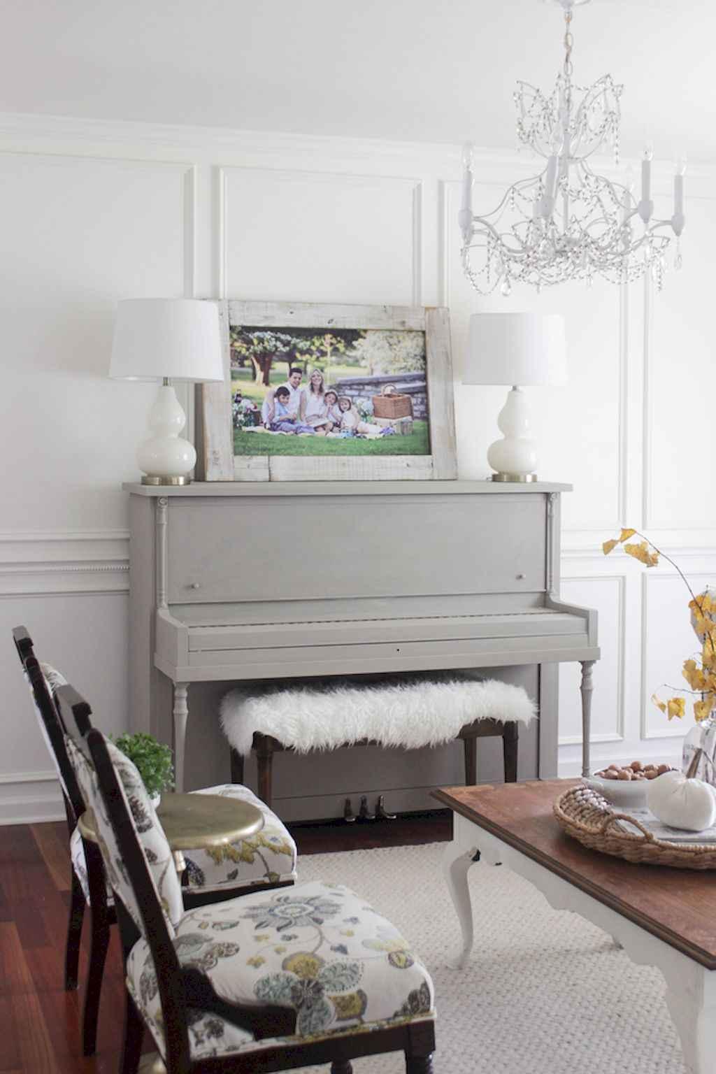 Simple clean vintage living room decorating ideas (26)