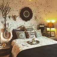 Warm and cozy bohemian master bedroom decor ideas (26)