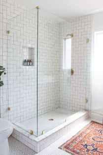 Beautiful bathroom tile remodel ideas (69)