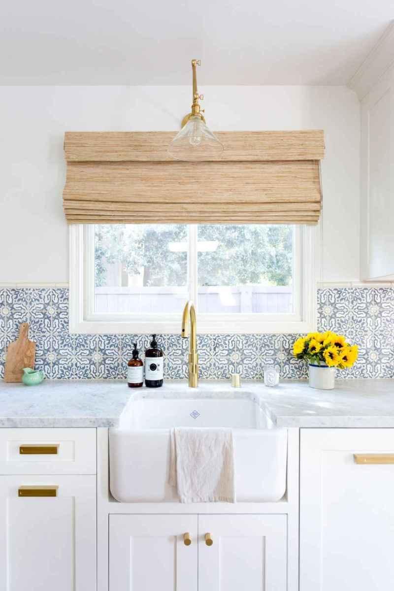Beautiful kitchen remodel backsplash tile ideas (13)
