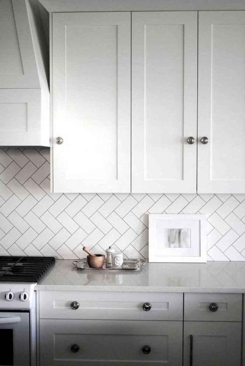 Beautiful kitchen remodel backsplash tile ideas (78)